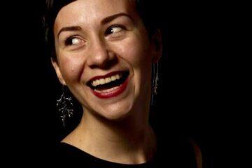Adelina Brask er 30 år og er uddannet ingeniør.