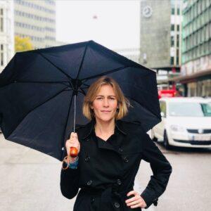 trine med paraply