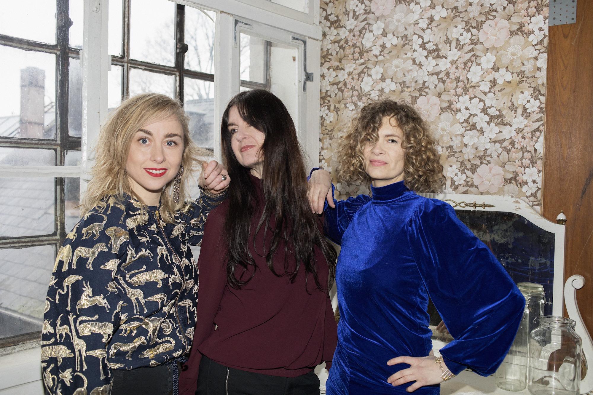 HUN SOLOs tre stiftere: Nana Jacobi - Anya Mathilde Poulsen - Kirstine Stubbe Teglbjærg. Foto: Tine Bek