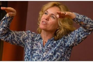 Anja C. Andersen er internationalt anerkendt for hendes forskning inden for astrofysik og er eminent til at formidle naturvidenskabelige emner i den brede offentlighed. Hendes utrættelige arbejde og indsats for at få flere, herunder flere kvinder, til at interessere sig for naturvidenskab, gør hende til en vigtig stemme i debatten og en yderst kvalificeret modtager af dette års H.C. Ørsted Forskerpris. Foto: Ola Joensen
