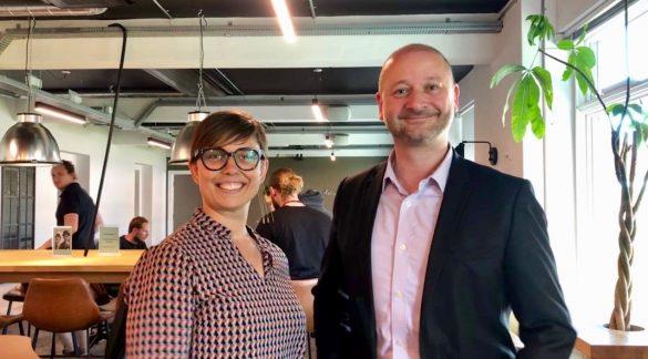 Programchef Anders Balch Berthelsen og Community manager Kristine Kuni Buccoliero, begge er mentorer for startups. Foto Julie Askholm