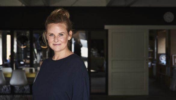 Forfatter Stine Buje vil gerne lære andre at leve i nuet. Foto: Stine Buje, Presse
